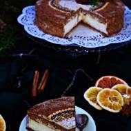 Torcik piernikowo-serowy zpomarańczowym kremem straciatella