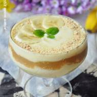 Karnawałowy deser bananowy z rumowym karmelem