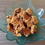 Ciasteczka owsiane z suszonymi owocami i orzechami