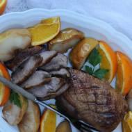 Pierś z kaczki w winie i pomarańczach