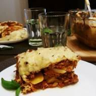 Zapiekanka ziemniaczana z mięsem i pomidorami