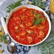 Biała kiełbasa w sosie pomidorowo warzywnym