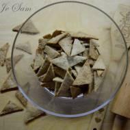 Chrupiące owsiane krakersy z sezamem - bez jaj