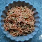 Surówka colesław z łodygi brokuła i marchewki