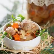 Marynowane klopsiki mięsno-grzybowe z cebulą