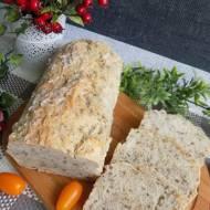 Chleb owsiany z siemieniem i słonecznikiem
