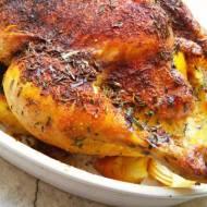 Kurczak pieczony w maśle, tymianku i estragonie, nadziewany cytryną, cebulą i czosnkiem