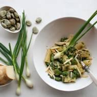 Rigatoni na zielono z scamorzą