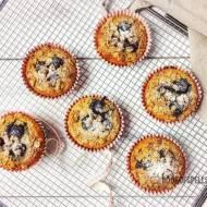 Owsiane muffinki z borówkami