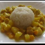 Kurczak z Curry i Ananasem