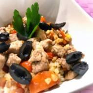 Kasza bulgur z warzywami i kurczakiem