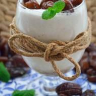Koktajl z mleka migdałowego z daktylami - Thermomix