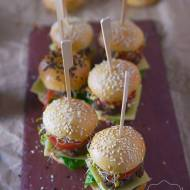 Mini burgery koreczki na dwa kęsy