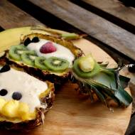 Ananasowe smoothie bowl