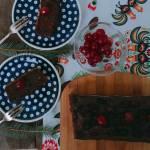 Ciasto czekoladowe warzywne z bakłażanem i wiśniami