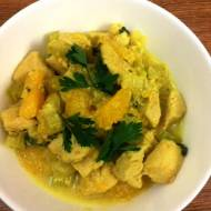 Curry z kurczakiem i selerem naciowym.