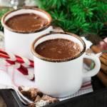 Gorąca czekolada z chili i cynamonem