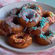 Wegańskie donuts czyli pączki z dziurką