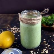 Zielone smoothie z owsianką i jabłkiem