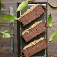 Fasolowo-bananowe brownie z masłem migdałowym