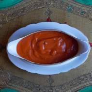 Uniwersalny wegański kremowy sos pomidorowy