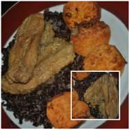żeberka z czarnym ryżem