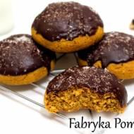 Pieczone pączki dyniowe z polewą czekoladową