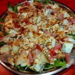 Sałatka z melonem,gorgonzolą i orzechami włoskimi
