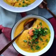 Imbirowy krem z marchewki z tahini