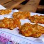Placuszki z marchewki i sera
