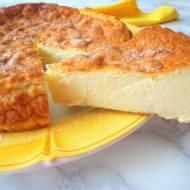 Włoski sernik z kaszki semolino i ricotty (Migliaccio)