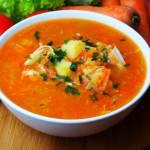 Zupa pomidorowa na filecie z ziemniakami