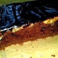 Szybkie ciasto z bananami i kakaową polewą