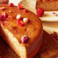 Bezglutenowe ciasto truskawkowe na Walentynki
