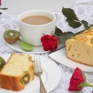 Jogurtowe ciasto z kiwi.