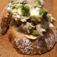 Pasta z makreli z awokado i twarogu