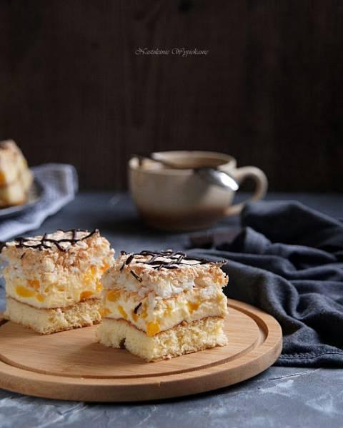 Ciasto brzoskwiniowo-kokosowe