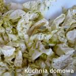 Surówka z kapusty pekińskiej z ziołami