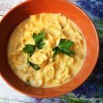 Zupa neapolitańska (serowa z makaronem)