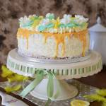 Tort mega cytrynowy