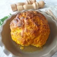 Pieczony kalafior w sosie śmietanowym z kurkumą (Cavolfiore arrostito con panna e curcuma)