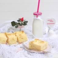 Ciasto jogurtowe z białym serem.