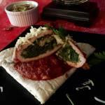 Roladki ze schabu faszerowane szpinakiem- na sosie z pomidorów