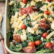 Zapiekanka makaronowa ze szpinakiem, pomidorkami i ricottą…