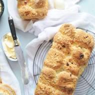 Chleb z serem i pieprzem