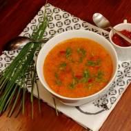 Zupa papryką doprawiona