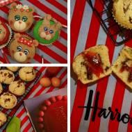 Niebiańsko pyszne muffinki z czekoladą i truskawkami. / Divinely delicious chocolate and strawberry muffins.