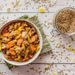 Gulasz z udźca z indyka z soczewicą i warzywami