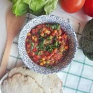 Wegetariańska potrawka z ciecierzycą, czyli sposób na wykorzystanie resztek