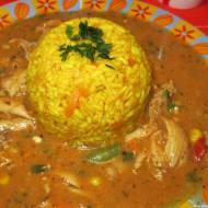 Gulasz drobiowy z ryżem curry